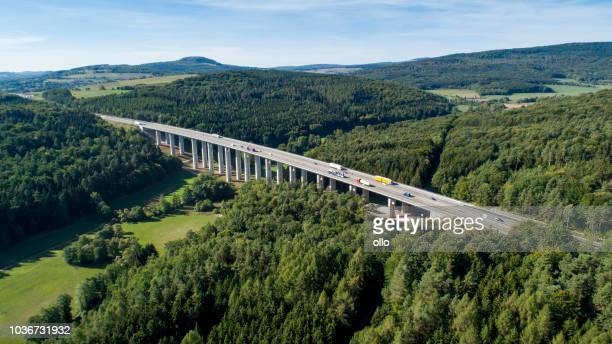 Autobahnbrücke - Panorama Luftbild