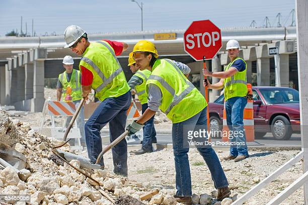 highway construction  - road construction stock pictures, royalty-free photos & images