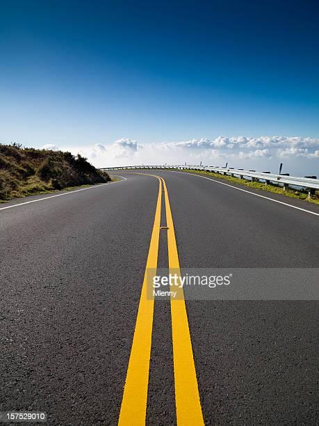 Highway in den Wolken