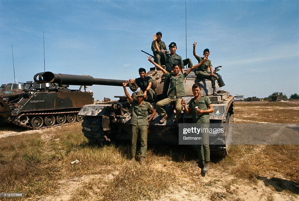 Arvn Soldiers Giving The Victory Sign Pictures Getty Images