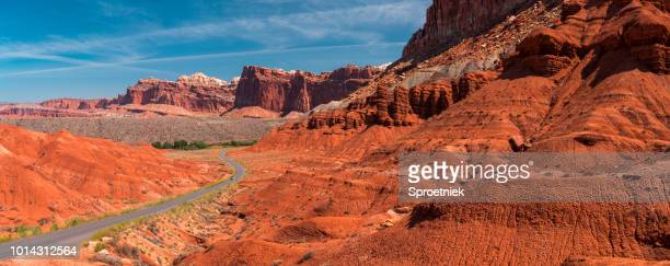 highway through utah mountains panoramic - capitol reef national park stock pictures, royalty-free photos & images