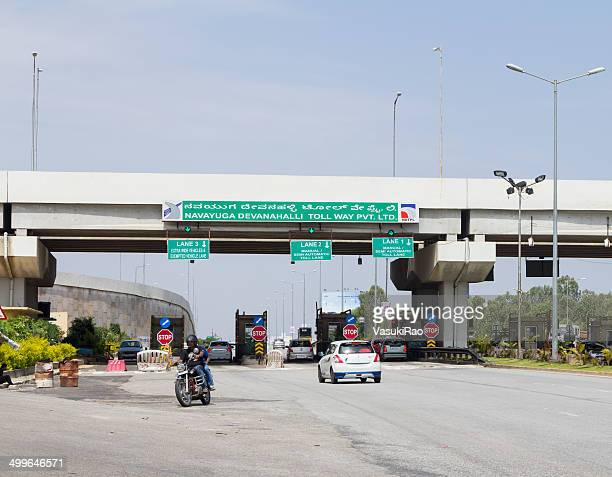 highway toll booth, bangalore, india - national landmark stock pictures, royalty-free photos & images