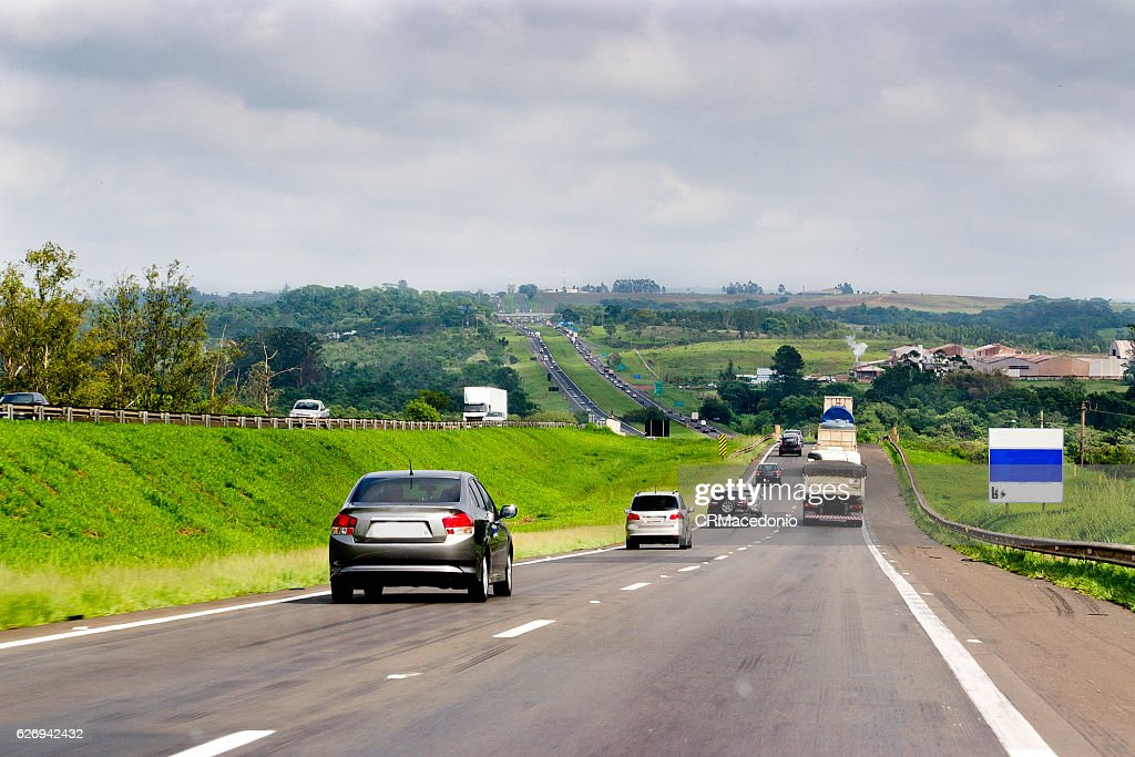 Highway traffic in the interior of the state of São Paulo : Stock Photo