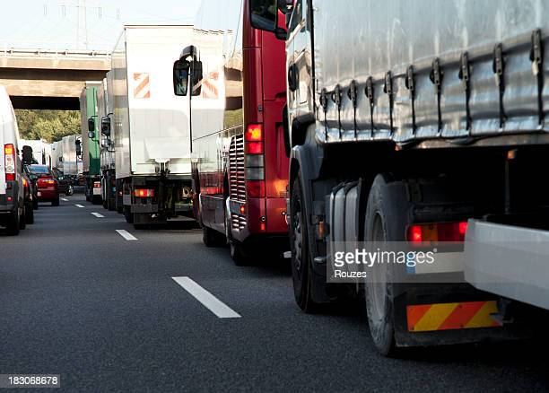 highway traffic jam - carbon dioxide stock photos and pictures