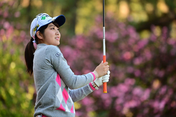 https://media.gettyimages.com/photos/hikari-tanabe-of-japan-hits-her-tee-shot-on-the-2nd-hole-during-the-picture-id1288336026?k=6&m=1288336026&s=612x612&w=0&h=rfn1A4sdP38FwprTRzQtsUE0ECHo7lZDlyvdK3pxbDE=