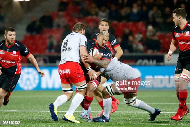 Hikawera Te Po Elliot of Oyonnax and Daniel Johannes Vermeulen of Toulon during the Top 14 match between Oyonnax and Toulon at on March 17 2018 in...