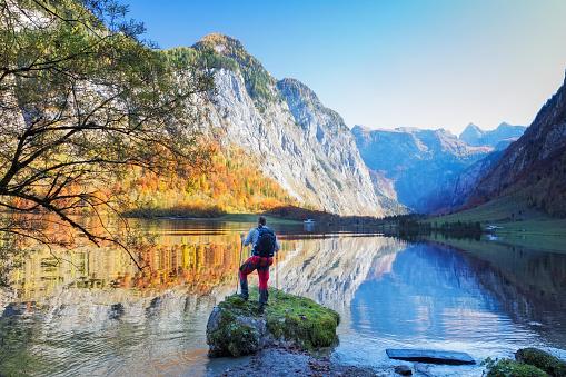 Hiker at Lake Königssee in Nationalpark Berchtesgaden - gettyimageskorea