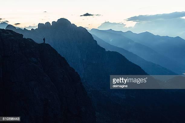 Outdoor-looks, auf die Berge