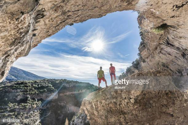 Hikers en las montañas