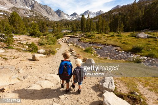 Hiking little lakes valley
