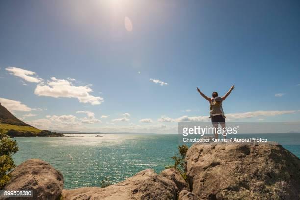 hiking on leisure island, bay of plenty, new zealand - mount maunganui stock pictures, royalty-free photos & images