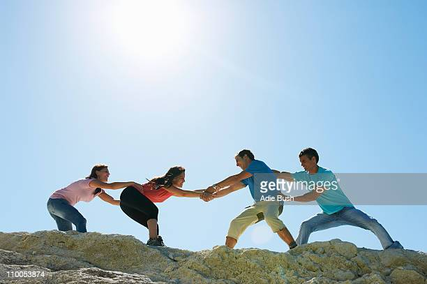 ハイキング - 男女の争い ストックフォトと画像