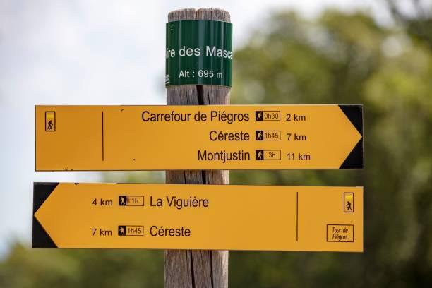 Hiking signpost at the Col de l'Aire dei Masco, Cereste, Alpes-de-Haute-Provence, France