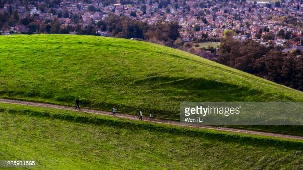 hiking trail in a suburb - fremont california stock pictures, royalty-free photos & images