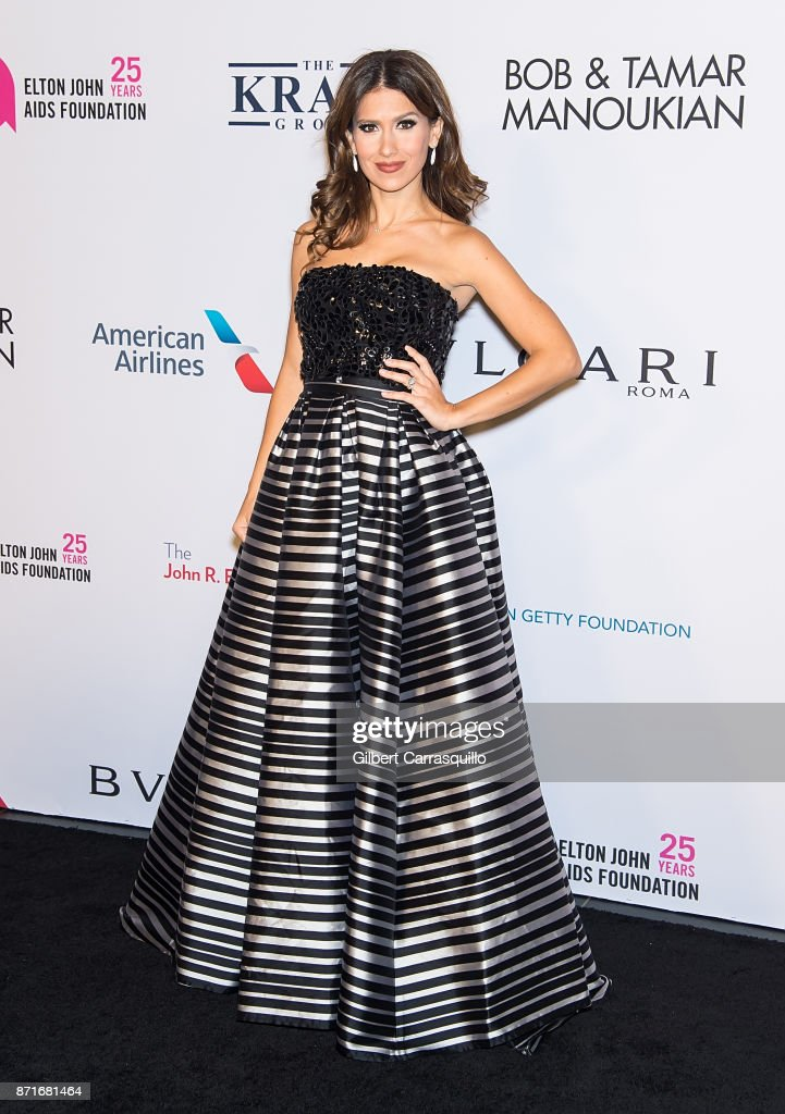 Hilaria Baldwin attends as Elton John AIDS Foundation Commemorates Its 25th Year And Honors Founder Sir Elton John During New York Fall Gala at Cathedral of St. John the Divine on November 7, 2017 in New York City.