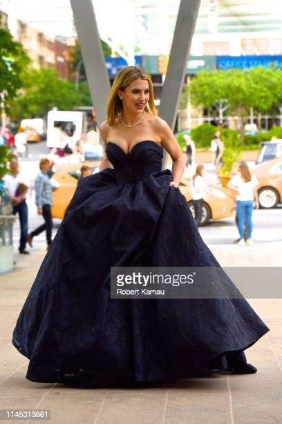 Hilaria Baldwin attends the American Ballet Theatre 2019 Spring Gala at The Metropolitan Opera House on May 20, 2019 in New York City.