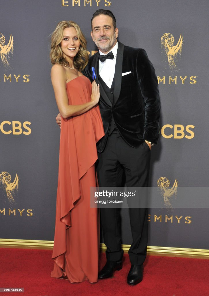 Hilarie Burton and Jeffrey Dean Morgan arrive at the 69th Annual Primetime Emmy Awards at Microsoft Theater on September 17, 2017 in Los Angeles, California.