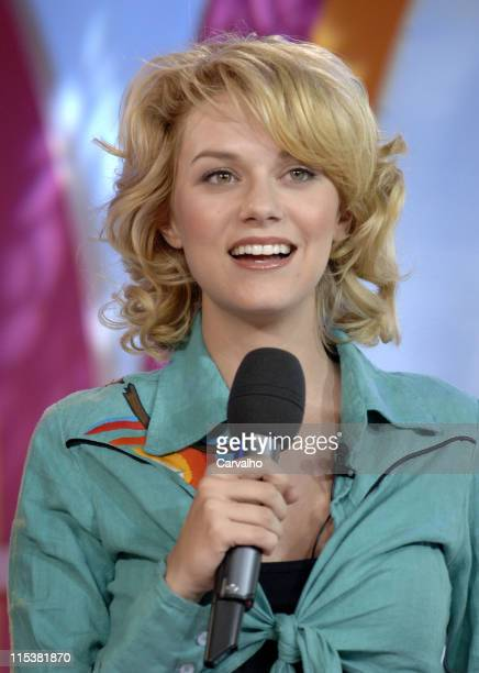 Hilarie Burton during Wilmer Valderrama Danny Masterson Hilarie Burton and James Lafferty Visit MTV's 'TRL' May 17 2005 at MTV Studios in New York...