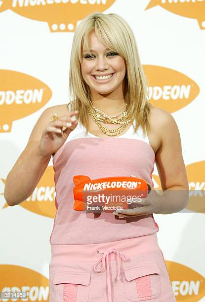 Hilary Duff poses backstage during Nickelodeon's 17th Annual Kids' Choice Awards at Pauley Pavilion on the campus of UCLA April 3 2004 in Westwood...