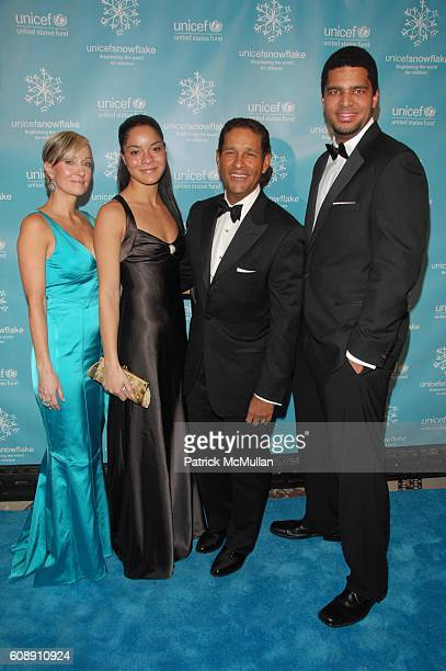 Hilary Gumbel Jillian Gumbel Bryant Gumbel and Brad Gumbel attend UNICEF 2007 SNOWFLAKE BALL presented by BACCARAT at Cipriani 42nd St NYC on...