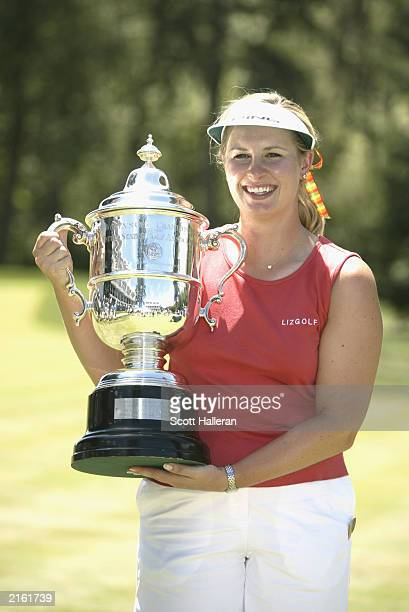 Hilary Lunke poses with the trophy after winning the US Women's Open on July 7 2003 at Pumpkin Ridge Golf Club in North Plains Oregon