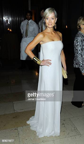 Hilary Quinlan attends the 2009 Library Lions Benefit at the New York Public Library A Schwartzman Building on November 2 2009 in New York City