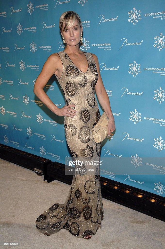 Third Annual UNICEF Snowflake Ball - Arrivals : News Photo