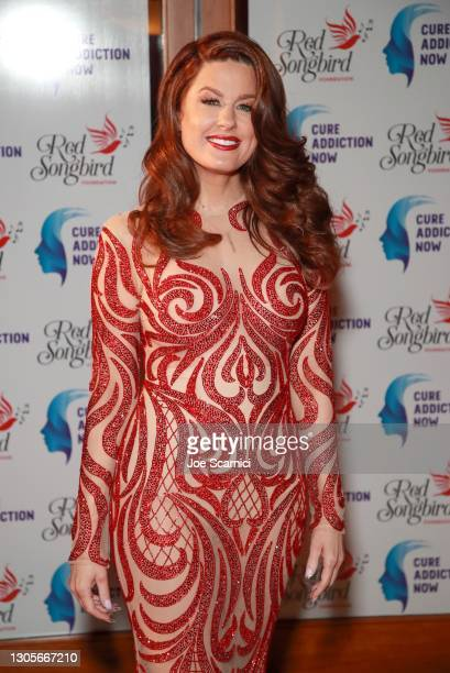 """Hilary Roberts attends a private event with the cast of MTV's """"The Hills"""" hosted by Cure Addiction Now & The Red Songbird Foundation on March 05,..."""