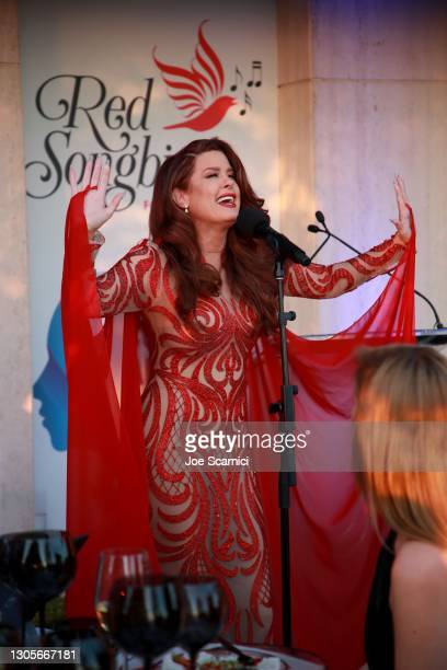 """Hilary Roberts performs during a private event with the cast of MTV's """"The Hills"""" hosted by Cure Addiction Now & The Red Songbird Foundation on March..."""