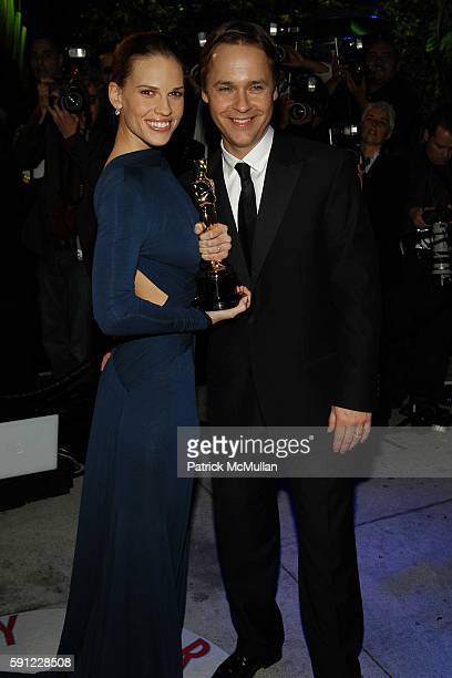 Hilary Swank and Chad Lowe attend Vanity Fair Oscar Party at Morton's Restaurant on February 27 2005 in Los Angeles California