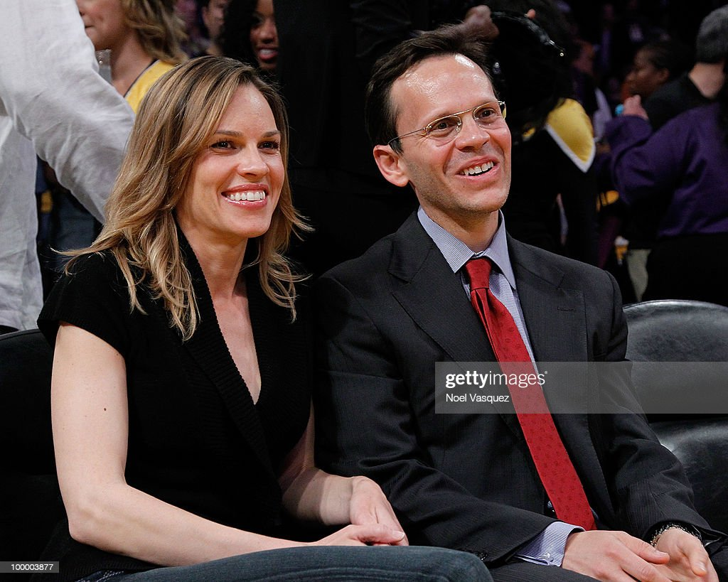 Hilary Swank (L) and John Campisi attend Game Two of the Western Conference Finals between the Phoenix Suns and the Los Angeles Lakers during the 2010 NBA Playoffs at Staples Center on May 19, 2010 in Los Angeles, California.
