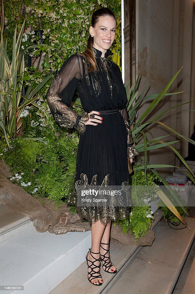Hilary Swank attends the Salvatore Ferragamo Cruise Collection 2013 show presented at Galerie Denon at the Louvre Museum on June 12, 2012 in Paris, France.