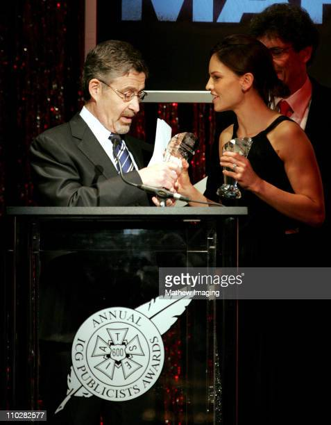 Hilary Swank presents the Motion Picture Showman of the Year award to Warner Bros Barry Meyer *Exclusive*