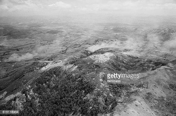 Hill 861 Khe Sanh South Vietnam This is an air view of US held Hill 861 hills are named after their height in meters and its support base on the...