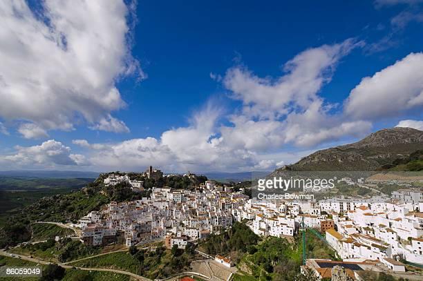 hill town of casares , spain - indigo casares fotografías e imágenes de stock