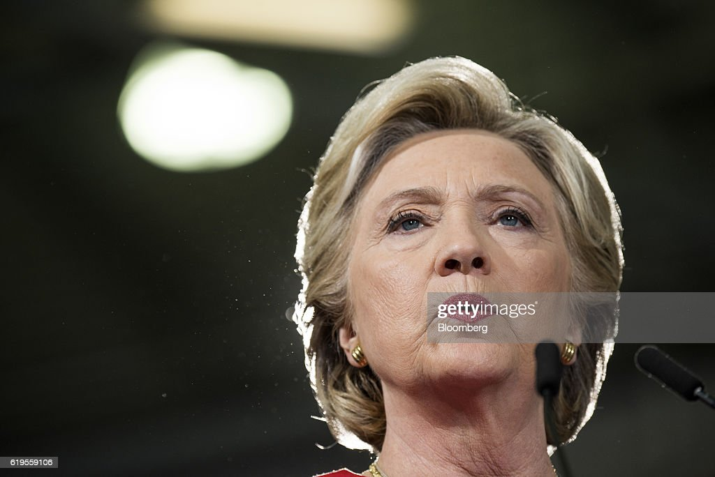 Democratic Presidential Candidate Hillary Clinton Holds Ohio Campaign Rally : News Photo