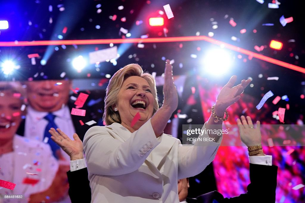 Hillary Clinton celebrates on the last day of the Democratic National Convention at the Wells Fargo Center, July 28, 2016 in Philadelphia, Pennsylvania. / AFP / Robyn Beck