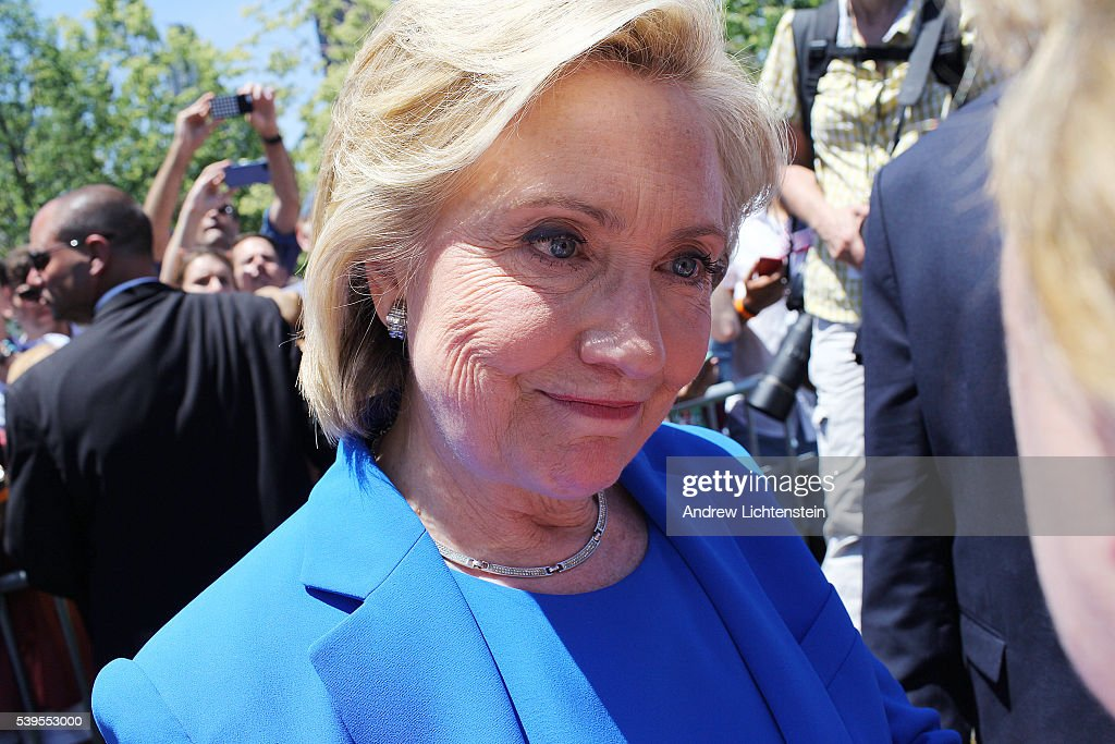 hillary clinton announces she s running for president pictures