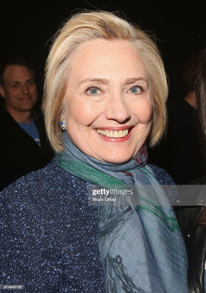 Hillary Clinton poses backstage at the hit musical 'Dear Evan Hansen' on Broadway at The Music Box Theatre on November 15, 2017 in New York City.