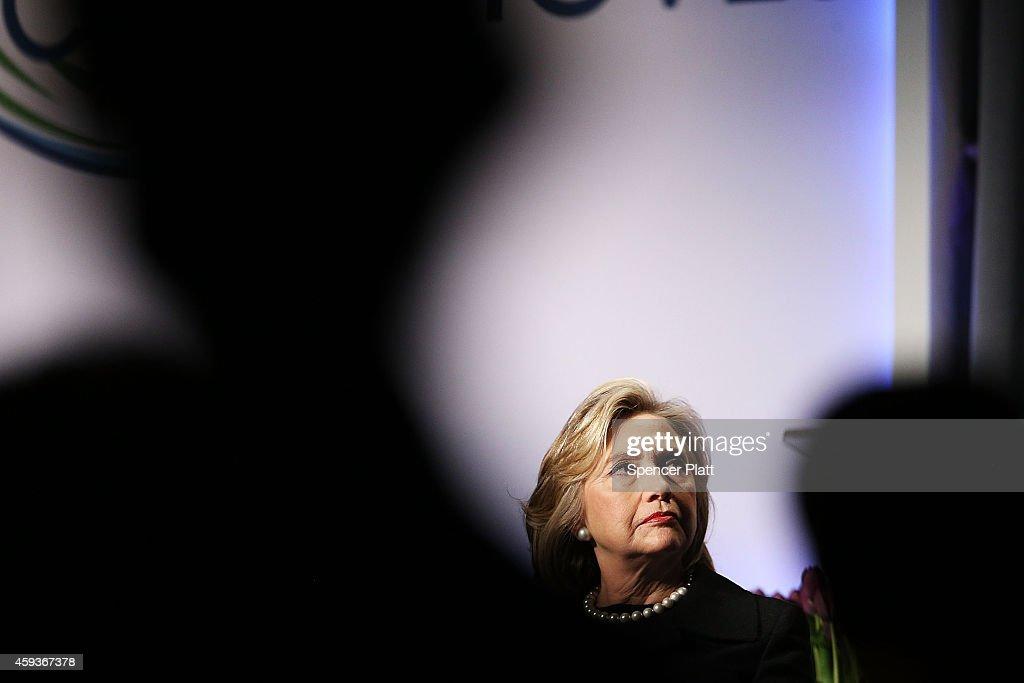 Hillary Clinton Addresses Cookstoves Future Summit On Indoor Pollution : News Photo