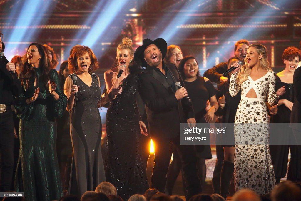 Hillary Scott, Reba McEntire, Faith Hill, Garth Brooks and Kelsea Ballerini perform onstage at the 51st annual CMA Awards at the Bridgestone Arena on November 8, 2017 in Nashville, Tennessee.