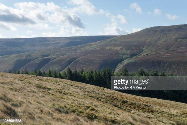 hills beside the snake pass in derbyshire, england. - grass area stock pictures, royalty-free photos & images