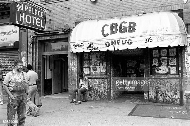 S Photo of Hilly KRYSTAL Hilly Krystal in front of his club CBGB's
