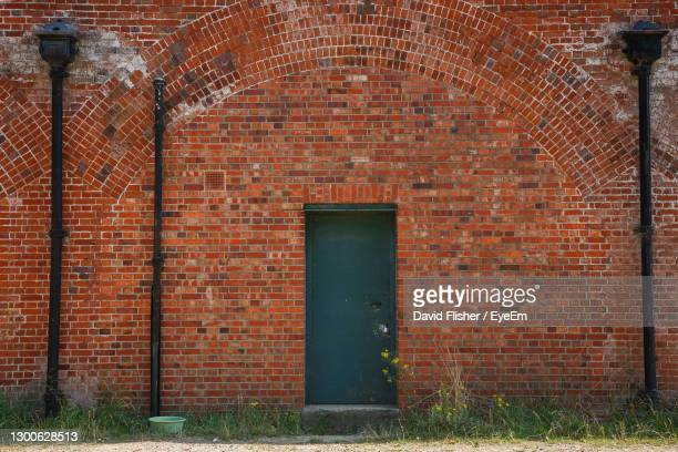 hilsea lines ramparts - portsmouth england stock pictures, royalty-free photos & images