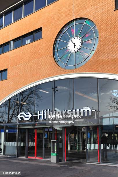hilversum train station entrance, netherlands - hilversum foto e immagini stock