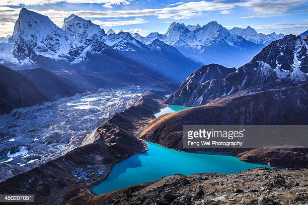 himalaya landscape, gokyo ri, sagarmatha national - nepal stock pictures, royalty-free photos & images