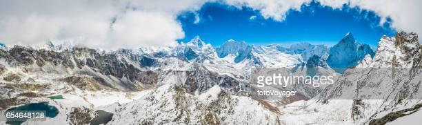 Himalaya Berg Königreich Panoramablick über Schnee Gipfel Khumbu Nepal