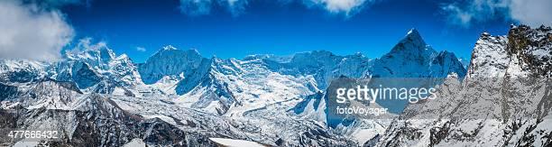 himalaya panorama de la isla de las cumbres de las montañas del makalu baruntse ama dablam - himalaya fotografías e imágenes de stock