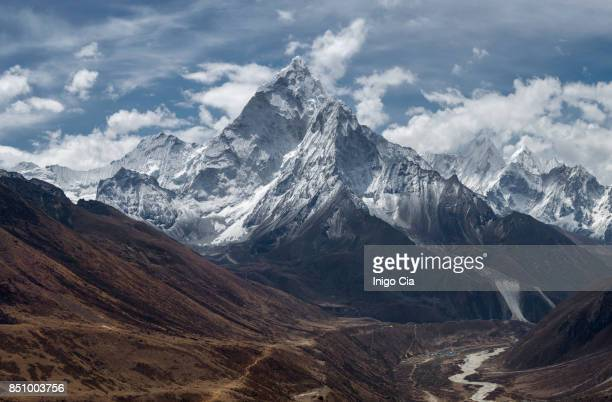 himalayas nepal - mt. everest stock pictures, royalty-free photos & images