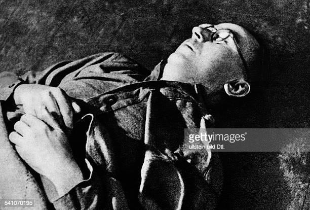 Himmler Heinrich*Politiker NSDAP D die Leiche nach dem Selbstmord inbritischer Gefangenschaft in Lüneburg